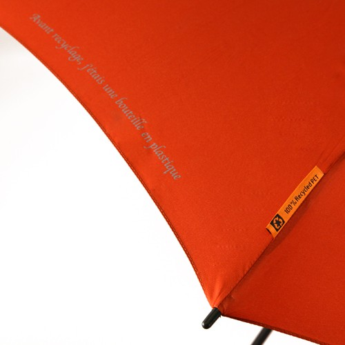 Parapluies publicitaires écologiques